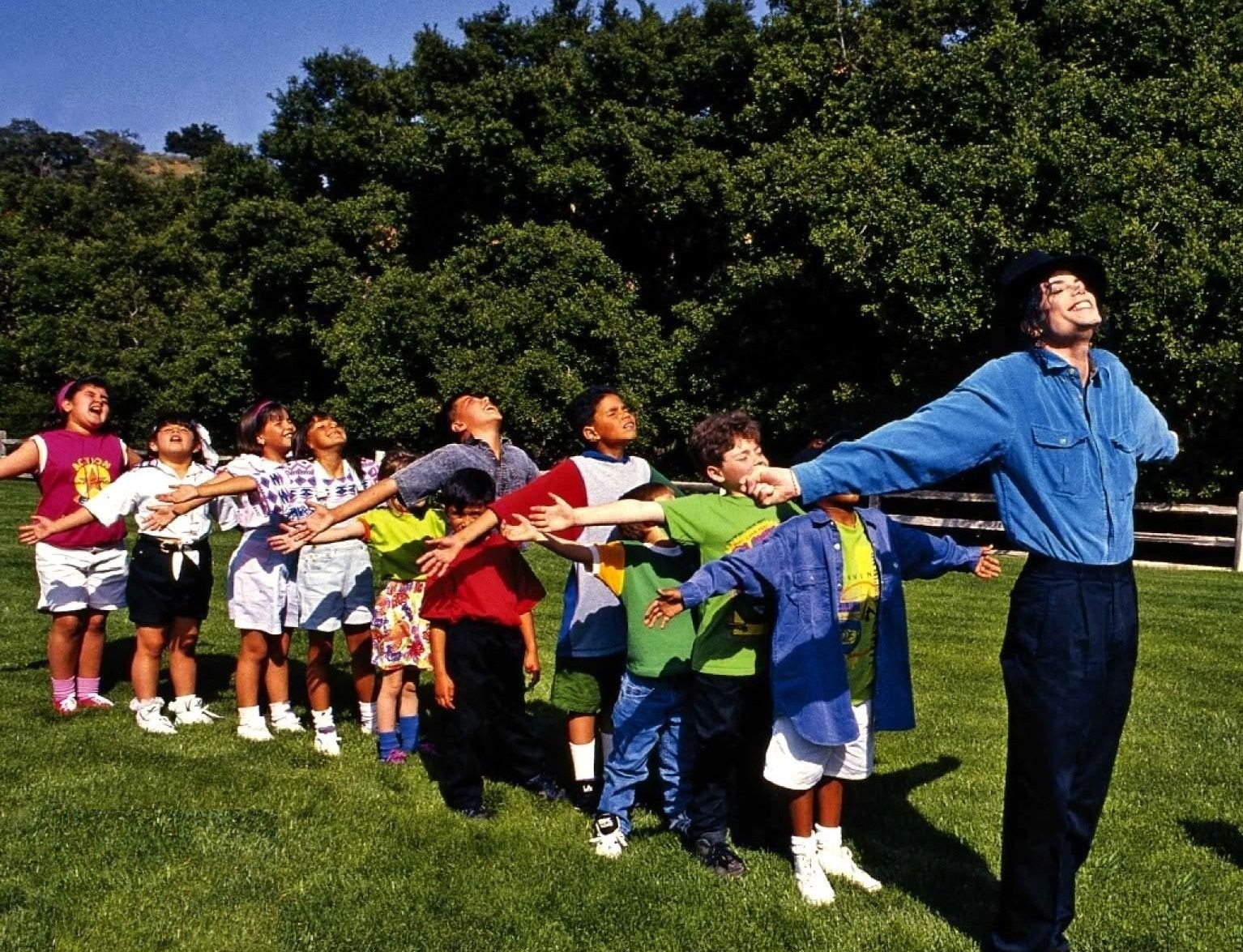 Michael-neverland-children